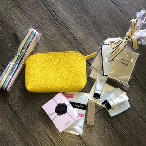 Accessories - Summer bright fanny pack filled w deluxe samples